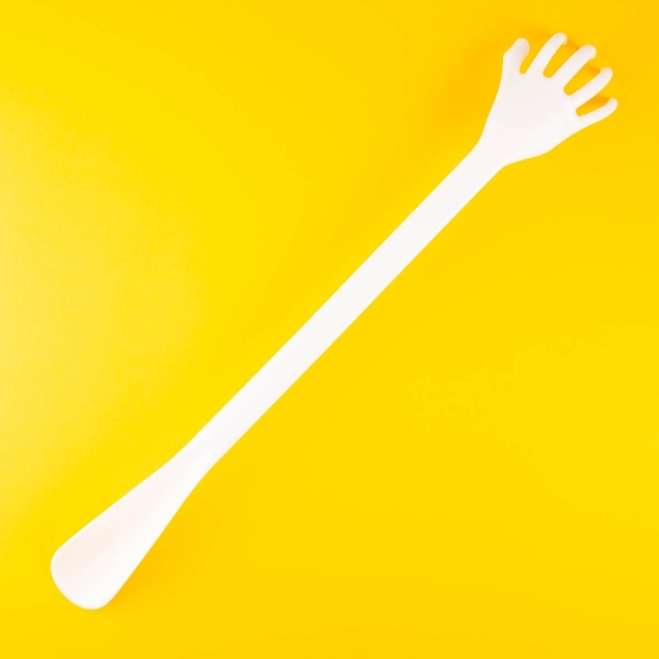 2 in 1 Back Scratcher and Shoe Horn - White