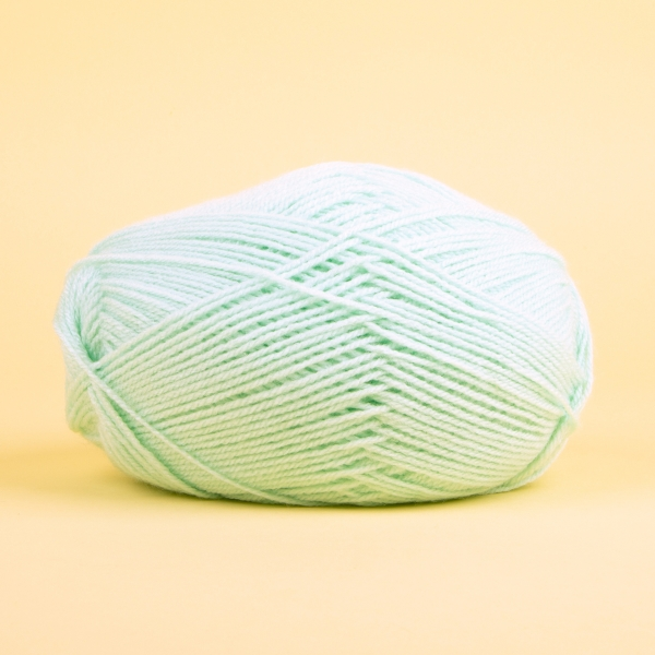 **NEW** Acrylic Knitting Yarn 100g - Baby Mint