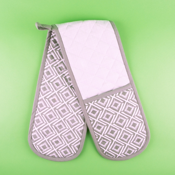 **NEW** Double-Ended Oven Gloves - Geo Design