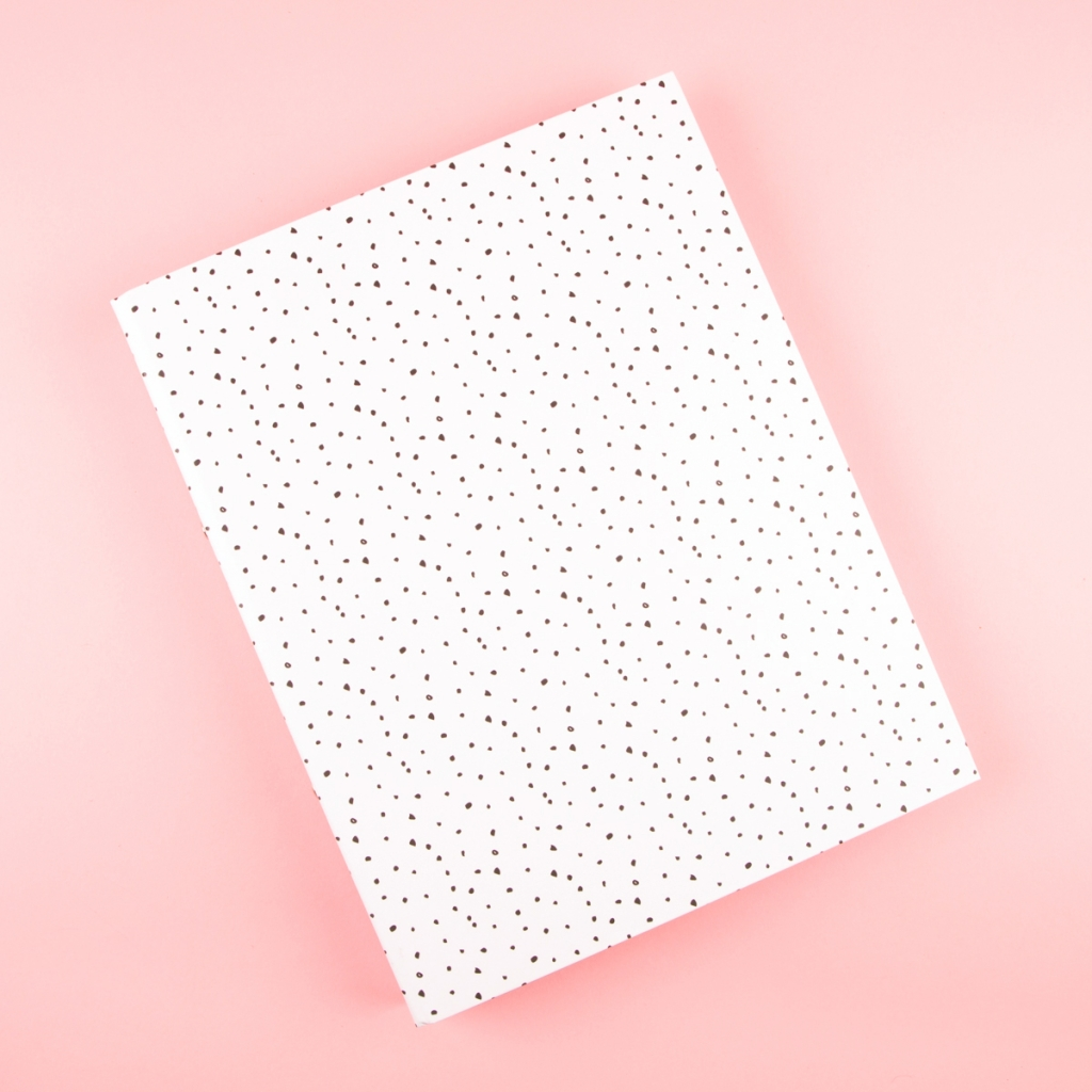 **NEW** A4 Ringbinder Folder - Spotted