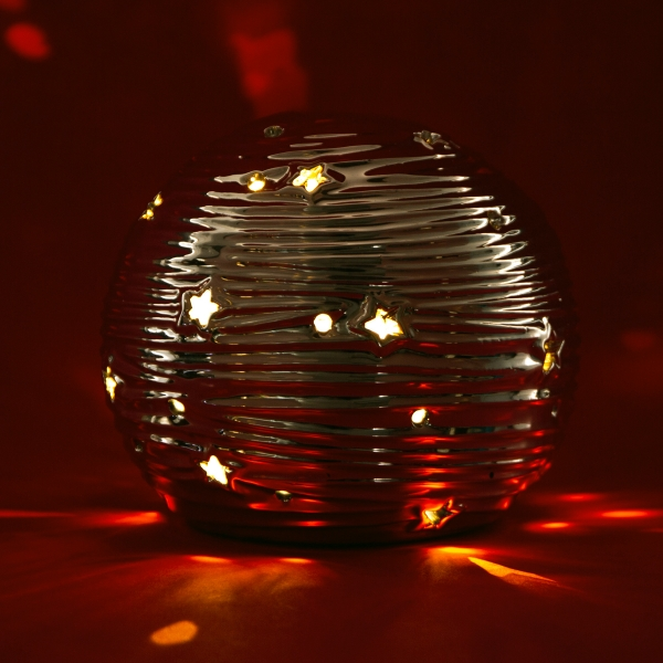 **NEW** Light-Up Christmas Ball Ornament - Large