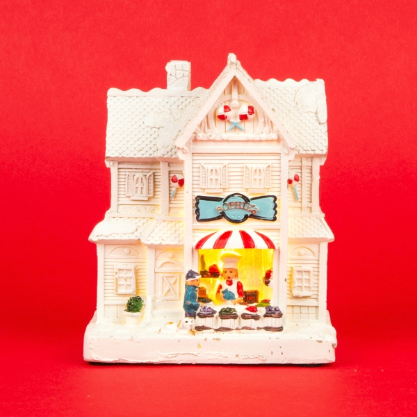 **NEW** White Christmas Light Up Decorative Shop Model - Sweets