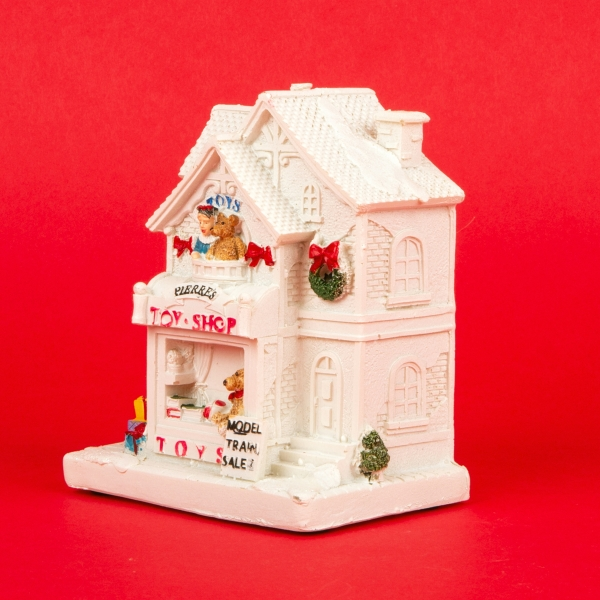 **NEW** White Christmas Light Up Decorative Shop Model - Toys