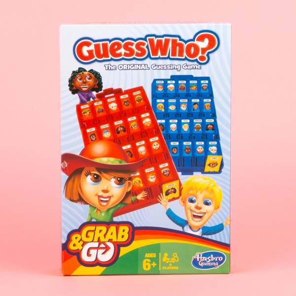 **NEW** Hasbro Grab and Go Guess Who