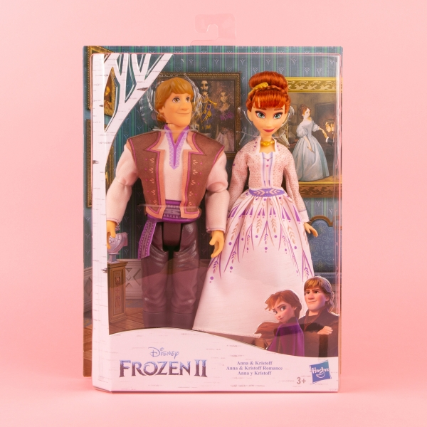**NEW** Frozen 2 Anna and Kristoff Doll Set